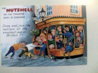 THE NUTSHELL(セントエドマンズにある英国最小のパブ)
